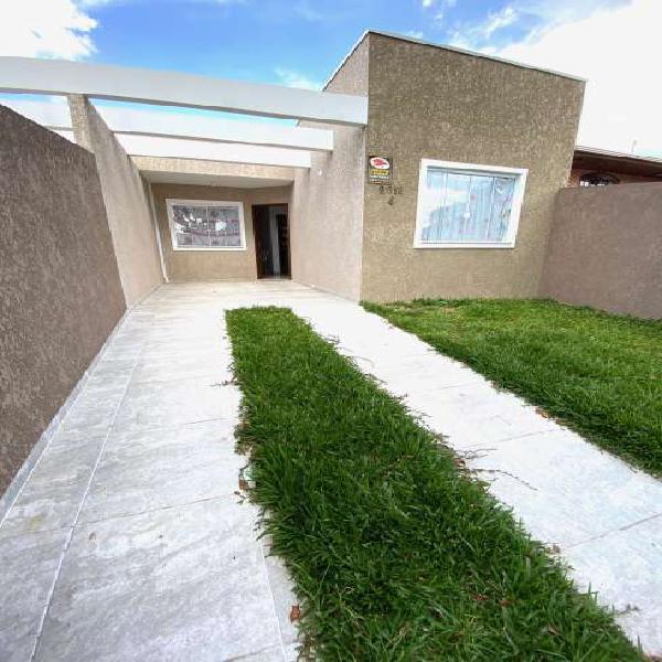 Casa térrea, com 2 quartos, suíte, semi nova, bairro Alto,