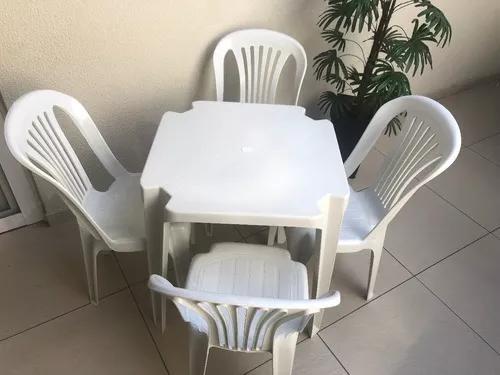 Conjunto De Mesas E Cadeiras De Plástico 150kg