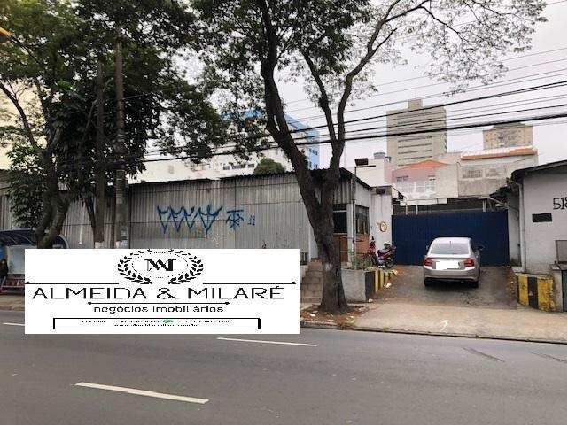 1.400 m² de terreno na Rua Catequese, Bairro Jardim, Santo