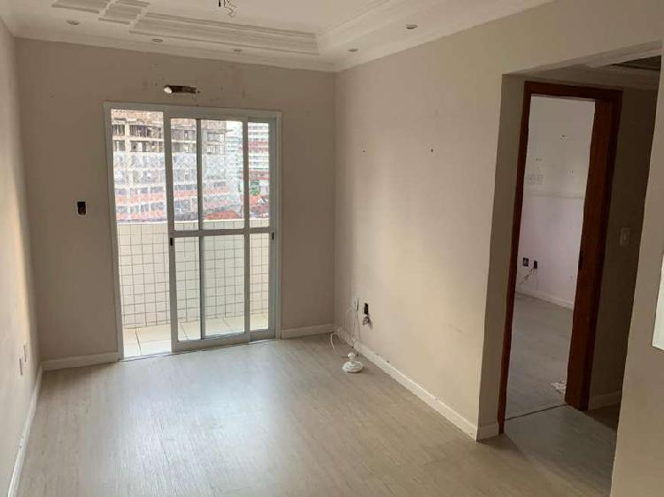 Apartamento de 2 dormitórios sendo 1 suíte- Guilhermina,