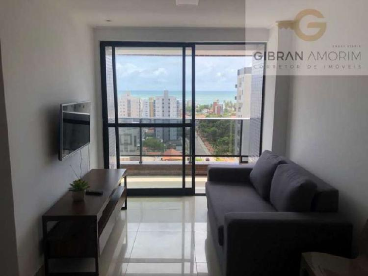 Apartamento de 2 quartos com vista para o mar em andar alto