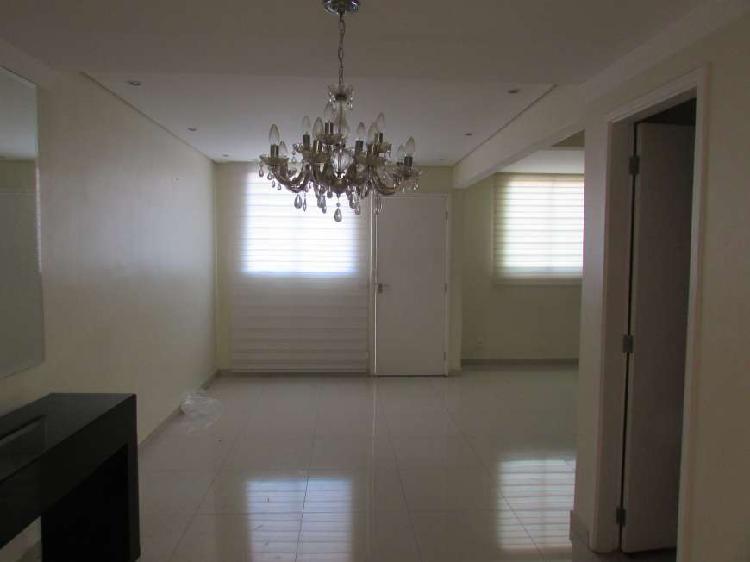 Casa a venda em condomínio fechado em Campinas, na região