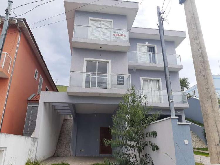 Casa de condomínio para venda tem 120 metros quadrados com