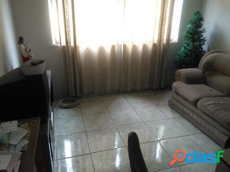 Excelente Apartamento térreo 2 Quartos - Vila Valqueire