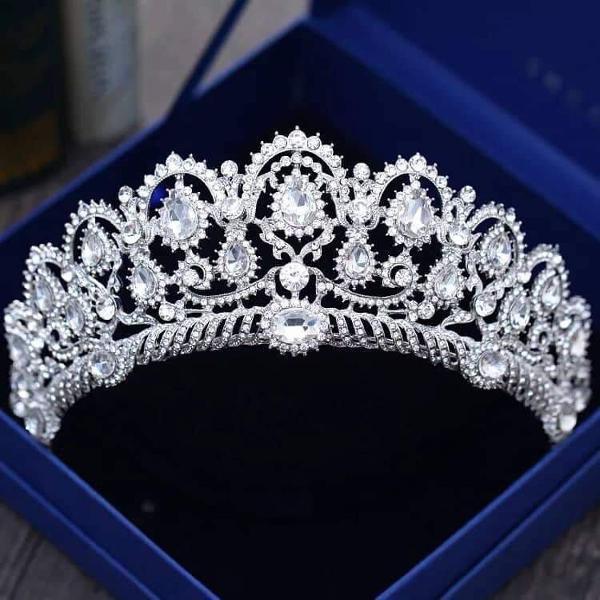 coroa tiara porta coque noiva casamento festa de 15 anos