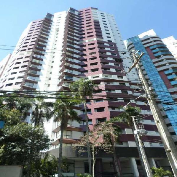 Apartamento em Área Nobre, na melhor região do Cabral, 255