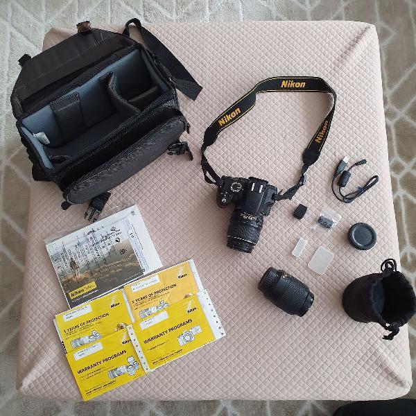 Nikon 3200 + Lente extra + Case novo