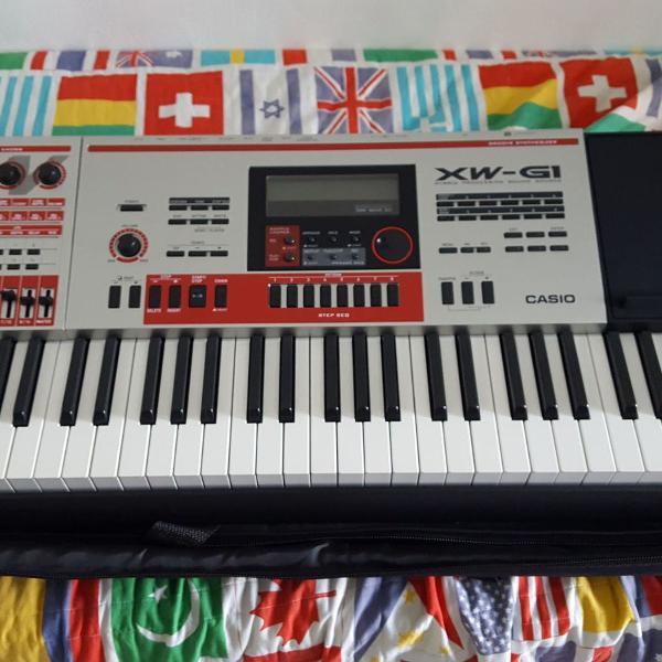 teclado sintetizador casio xw g1 + capa