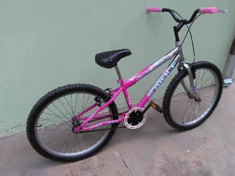 Bicicleta feminina aro 26 -