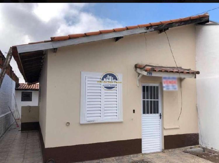 Casa com documentação ok aceita financiamento. 180 m² , 2