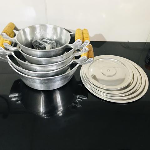 Jogo de panela alumínio fundido + kit churrasco