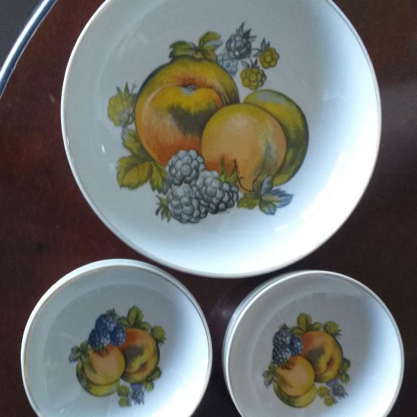 Jogo para salada de frutas porcelana Schmidt antigo
