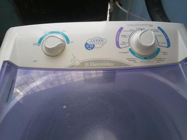 Máquina de lavar 7kg marca Electrolux