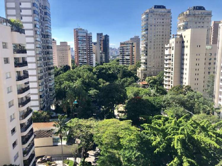 Praça Pereira Coutinho 140m2 3 Dormitórios 2 Vagas