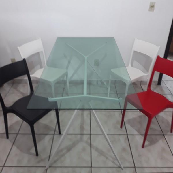 conjunto de mesa e 4 cadeiras tokstok