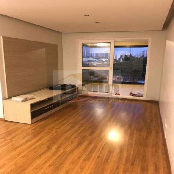 Apartamento de 85m², 3 dormitórios, 1 suíte, belo closet,