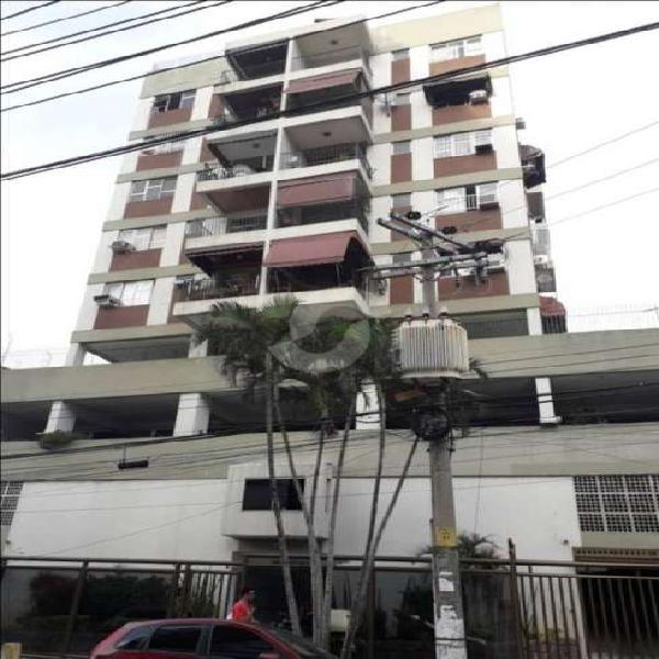 Apartamento para venda possui 74 metros quadrados com 2