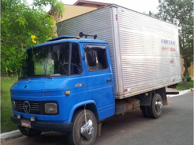 Caminhão Baú MB 608 - 73