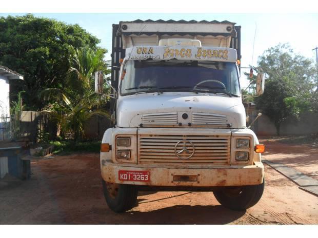 Caminhão Boiadeiro - MB 1113