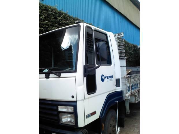 Caminhão Ford Cargo 814 Turbo