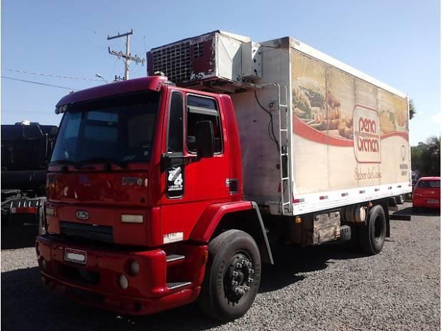 Ford Cargo 1717 ano 2006 Toco Câmara Fria
