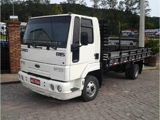 Ford Cargo 815 - 2003 - Carroceria