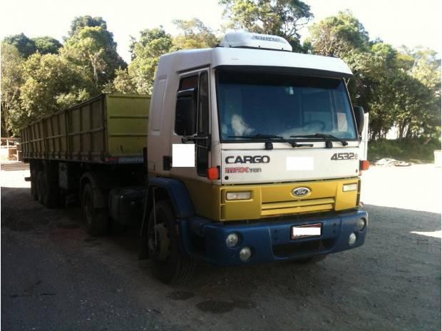 Ford cargo 4532 2009 4x2 unico dono revisado - 2009