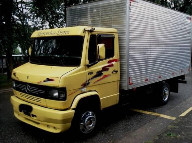 MB 710 2003 BAÚ PARTICULAR MUITO LINDA