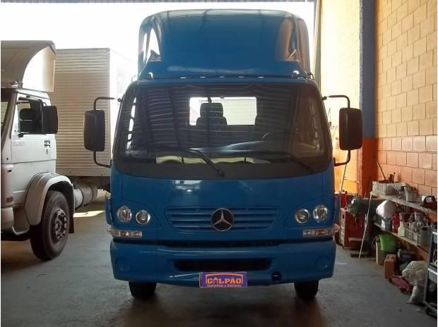 MB 915C Accelo no Chassis 4x2 Cor Azul Ano 2005 - Impecável