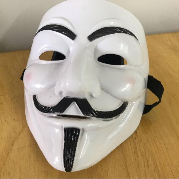 máscara vendetta na folia