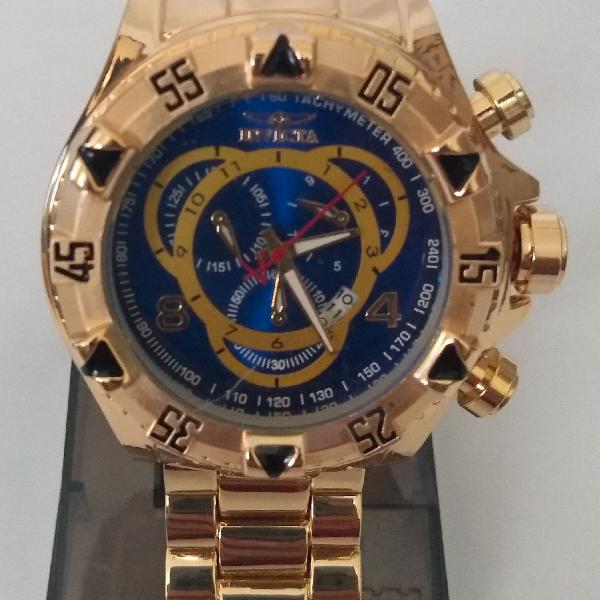 relógio Invicta Reserve Dourado com Fundo azul