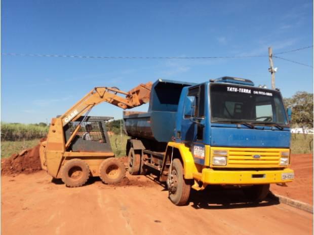 vendo Caminhão ford cargo 1215