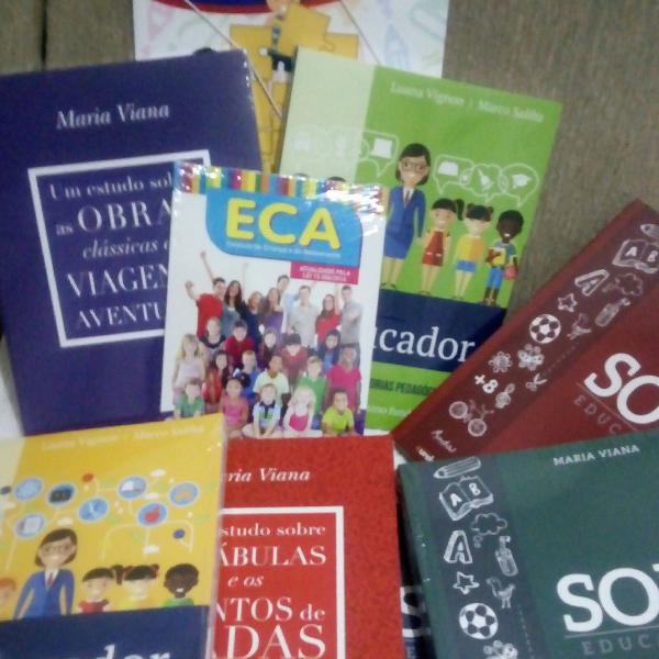 coleção de livros para estudantes de pedagogia
