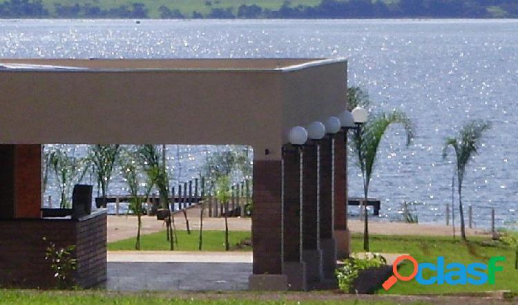 Terreno com 784m² nas margens do rio Tietê no Condomínio