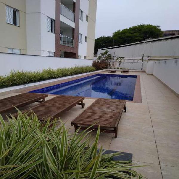 Amplo Apartamento de 2 Dormitórios com Varanda Gourmet -