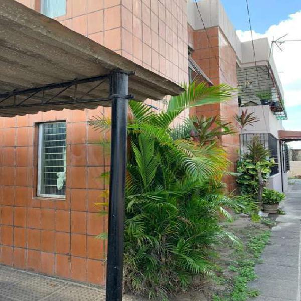 Apartamento a venda em Recife, na Várzea com 90m² 2