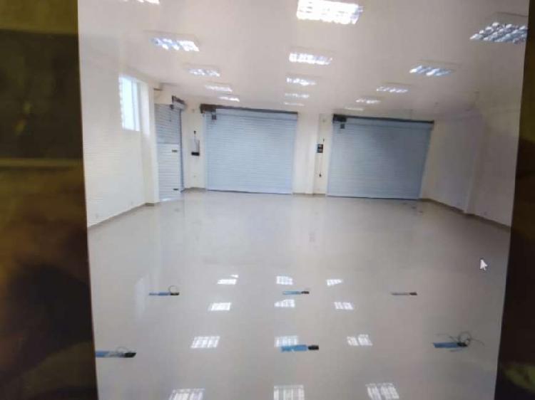 Salão na Rua Barão de Jundiai - Jundiai