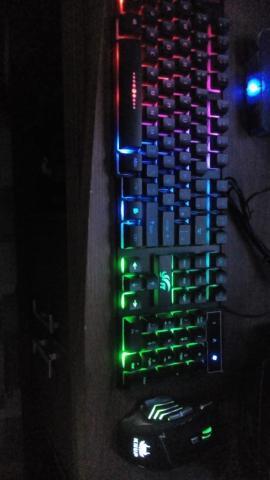 Teclado semi mecânico + mouse gamer com 7 botões