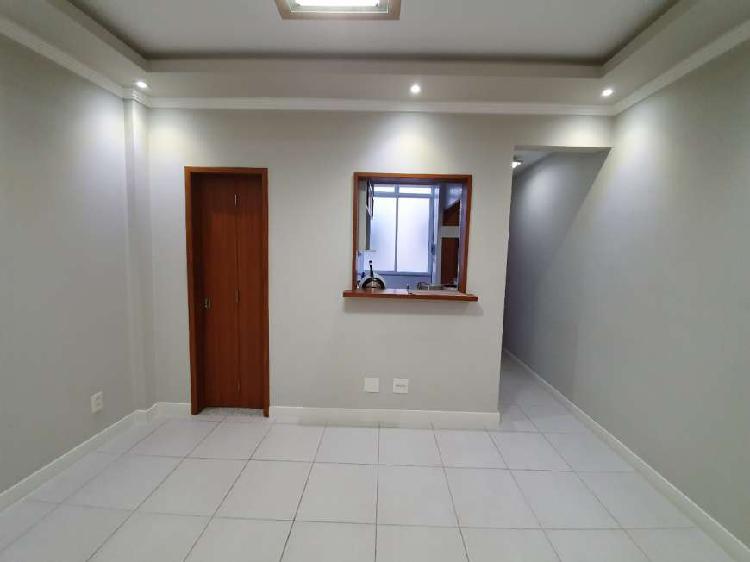 Apartamento 40 m com 1 quarto,sala,coz,banheiro e area de