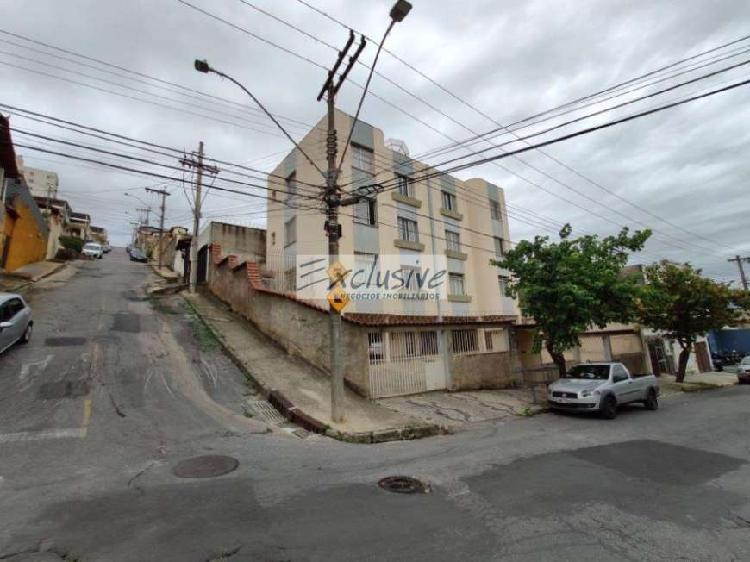 Apartamento a Venda no bairro Santa Efigênia - Belo