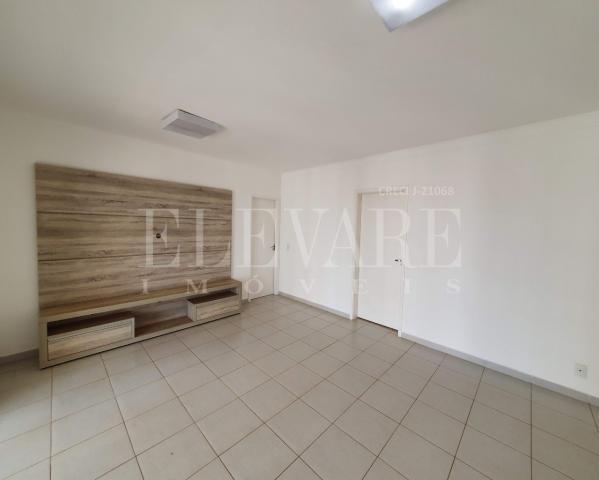 Apartamento para alugar com 3 dormitórios em Vila do golf,