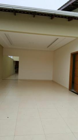 Casa com 3 dormitórios à venda, 151 m² por R$ 320.000,00