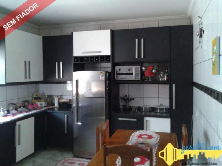 Vende ou aluga casa no Alto da Boa Vista zona Norte da