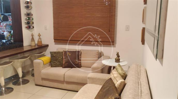 Lindo apartamento de 2 quartos, com móveis planejadas
