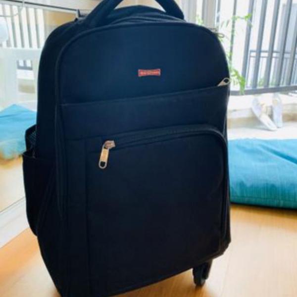 mochila / mala de rodinhas