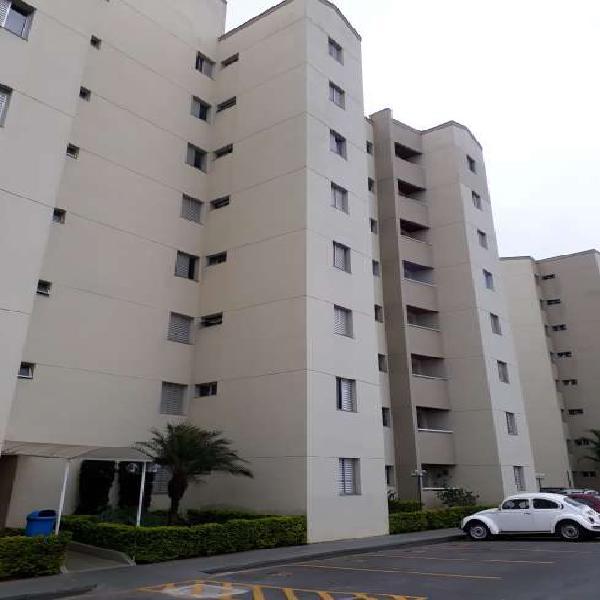 Aluga lindo apartamento no Mogilar, condomínio Flora II, 2