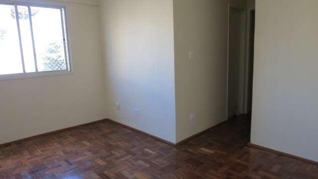 Aluga-se Apartamento 01 dormitório com vaga na Bela Vista