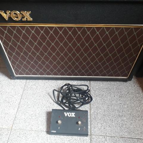 Amplificador Valvulado Vox ac15c1