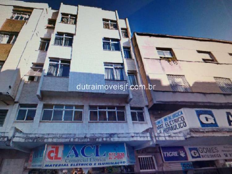 Apartamento 1 quarto e Sala separada para Aluguel no Centro
