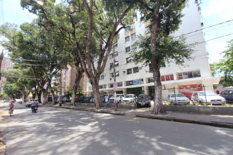 Apartamento Boa Vista Ed. Carlos Gomes 25 m2 com 1 quarto -